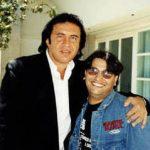Gene Simmons (Kiss) y su fan número 1 Horacio Sandoval, vean nomás la cara, por estar con su ídolo