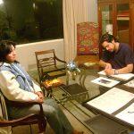 Aquí estamos con el gran actor Héctor Suárez, ya que nos pidió que realizaramos un proyecto para él. Tuvimos muchas citas de trabajo en diversos lugares.