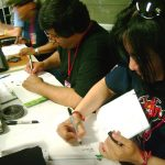 Mientras comenzaban nuestras conferencias, estuvimos conviviendo con los chavos Xalapeños haciéndoles dibujos y platicando de lo que hace nuestro Estudio.