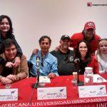Por otro lado ese mismo día, participamos a nombre de ¡Ka-Boom! en una mesa redonda sobre la animación en México, con los maestros de maestros Héctor Arellano y Ugo Conti, con la animadora independiente Alejandra Castellanos y los Profesores de la IBERO Luis G Roiz y Vinny Morales.