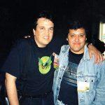 Óscar González Loyo con Bill Morrison, segundo de a bordo de Matt Groening.