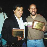 Aquí Óscar González Loyo con su editor en Bongo Comics. Terry Delegeane.