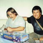 Para rematar con broche de oro, el mismo Matt nos regaló a cada uno de los K! unos juguetes fosforecentes de Bender de Futurama y un set de la misma serie que cuando nos lo obsequió, todavía no saldría a la venta hasta unos meses después.