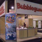 Aplicaciones de BubbleGummers para Material POP y Decoración de Stands.